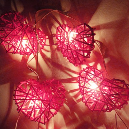 Rattan Heart String Lights - Pink