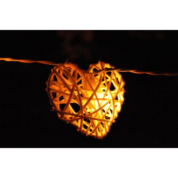 Rattan Hearts String Lights : Rattan Heart String Lights - White